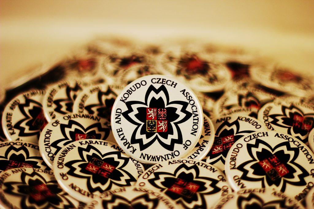 Kulatý odznak CAOKK Cena 25 Kč