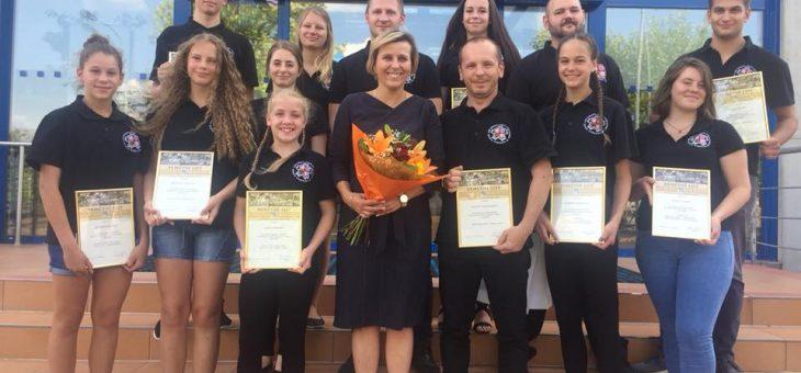 Reportáž ocenění závodníků CAOKK Hejtmankou KV Kraje